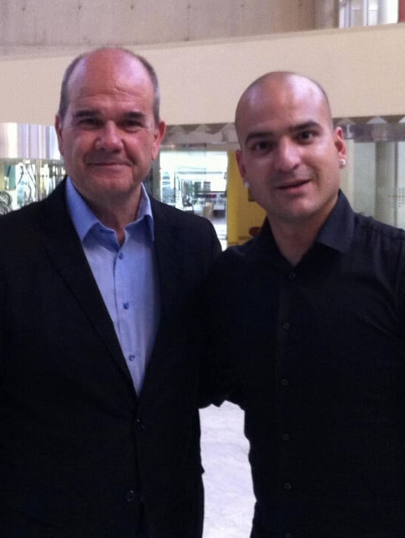 Jesús Gutiérrez Peluqueros con Manuel Chaves